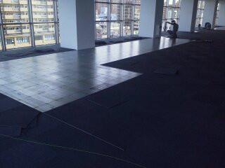 沖縄県リフォーム-日本IBM様 床工事